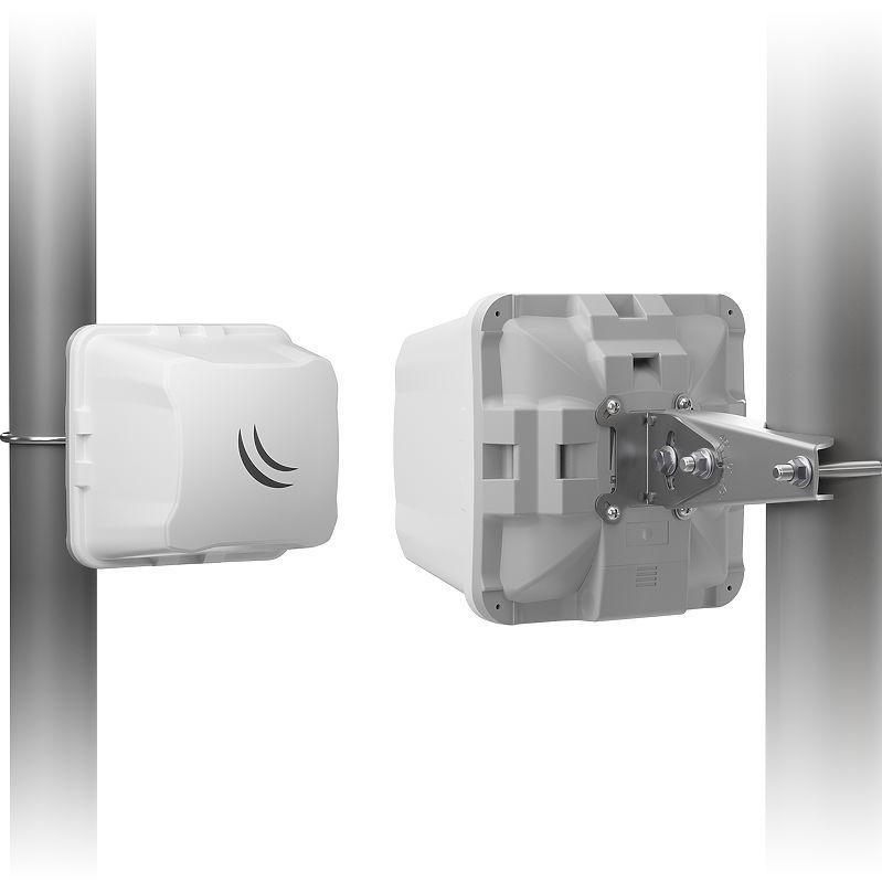 Wireless Wire Cube: CPE a 60 GHz con Gigabit Ethernet e failover a 5 GHz